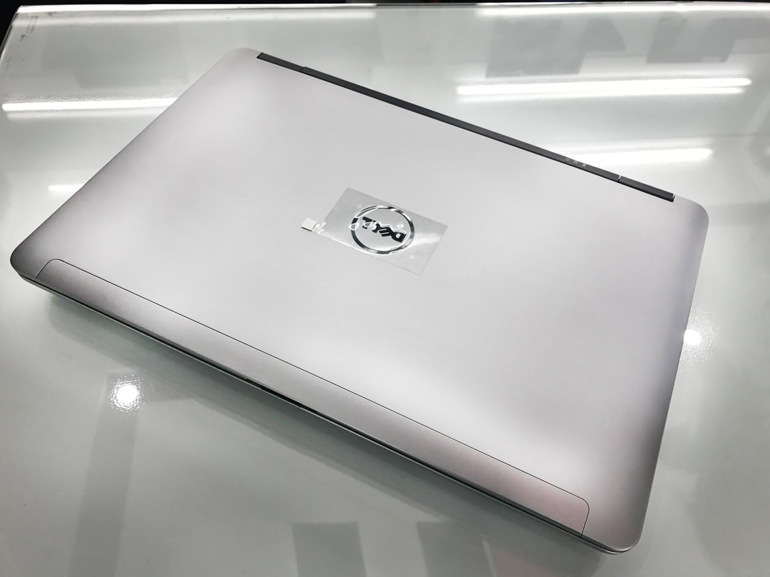 Laptop Dell Latitude Cũ E6540 2