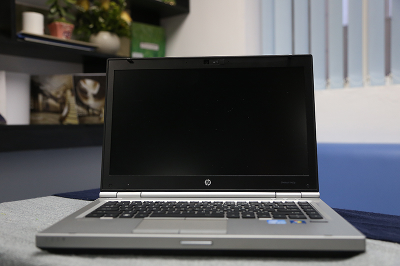 Laptop HP Elitebook 8460p cũ (Core i7 2620M, 4GB, 250GB, Intel HD Graphics 3000, 14 inch)