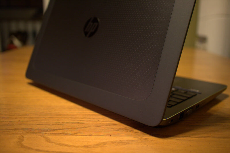 Laptop HP ZBook 15 G3 Workstation cũ (Core i7- 6820HQ, 8GB, SSD 256GB, Nvidia M2000M, 15.6 inch)